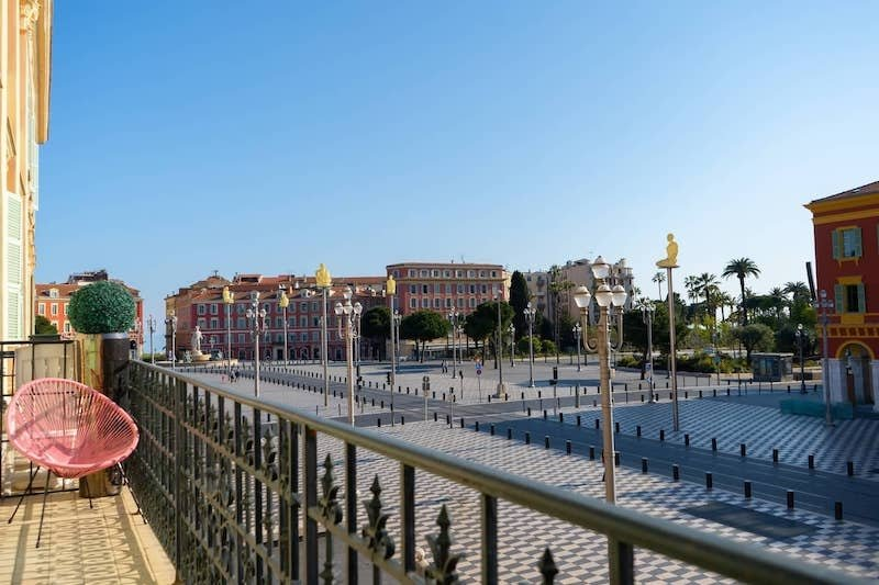 Apartment with a balcony on the Place Massena of Nice
