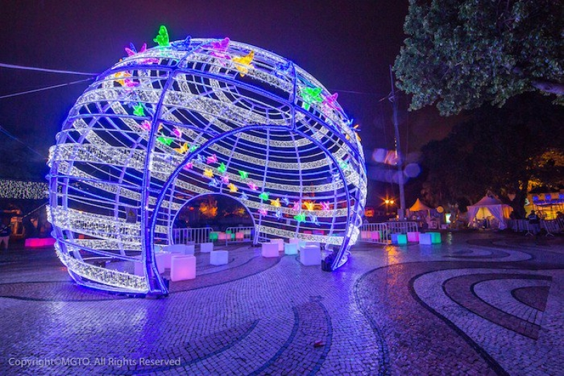 Colourful lights at the Macau Light Festival — Filipinos need to visit Macao to see this!