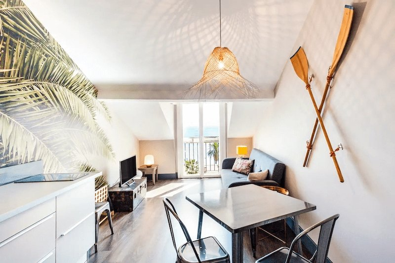 Airbnb in Nice near the Côte d'Azur