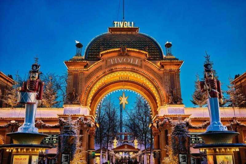 Christmas Light Displays Around the World: Tivoli Gardens
