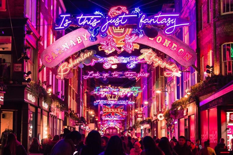 Christmas Lights Around the World: London, UK