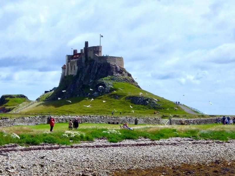 lau dai dep nhat Lindisfarne