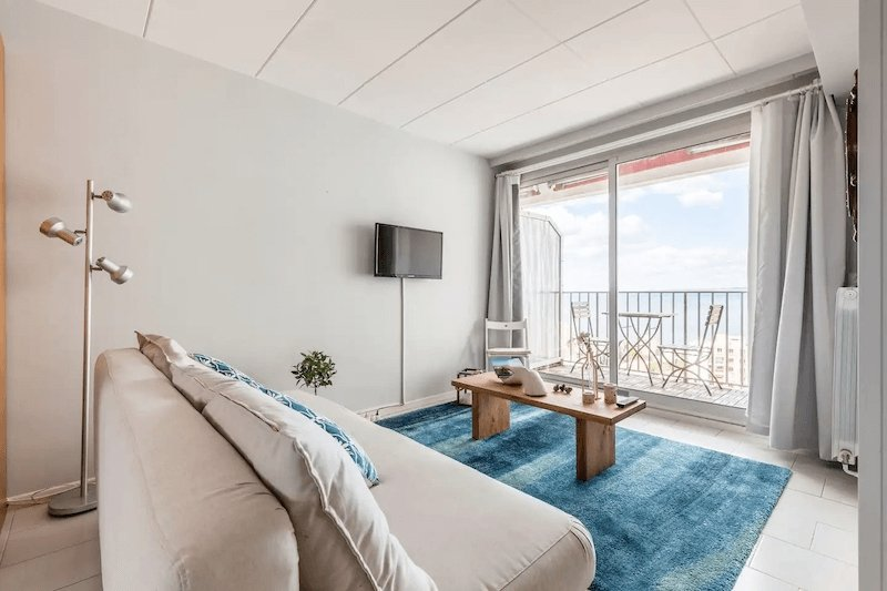 Apartment in Marseille with ocean views
