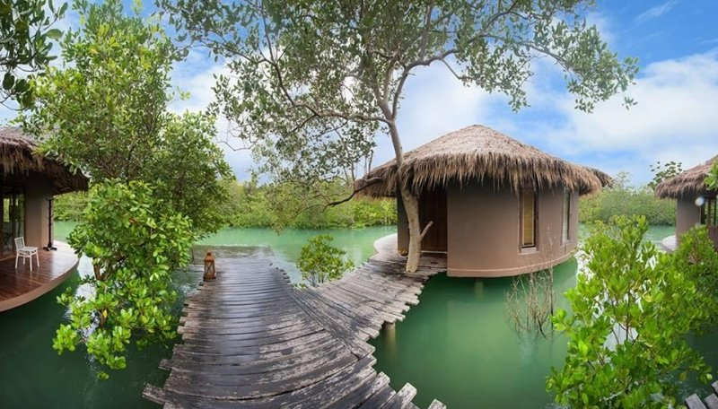 5 Amazing Floating Hotels in Thailand   News by Thaiger