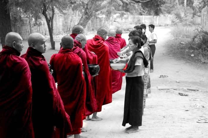 Chơi Gì Ở Myanmar chụp hình