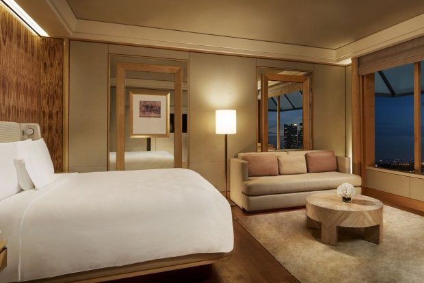 Early Bird Offer with 20% Off Best Available Rate in The Ritz Carlton Millennia Singapore