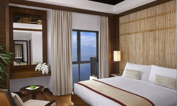 All You Need is Love | Have a Romantic Getaway in Avani Sepang Goldcoast