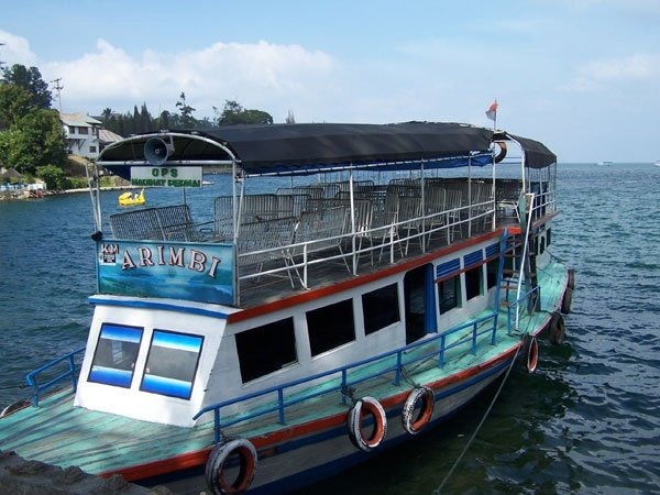 lake toba cruise