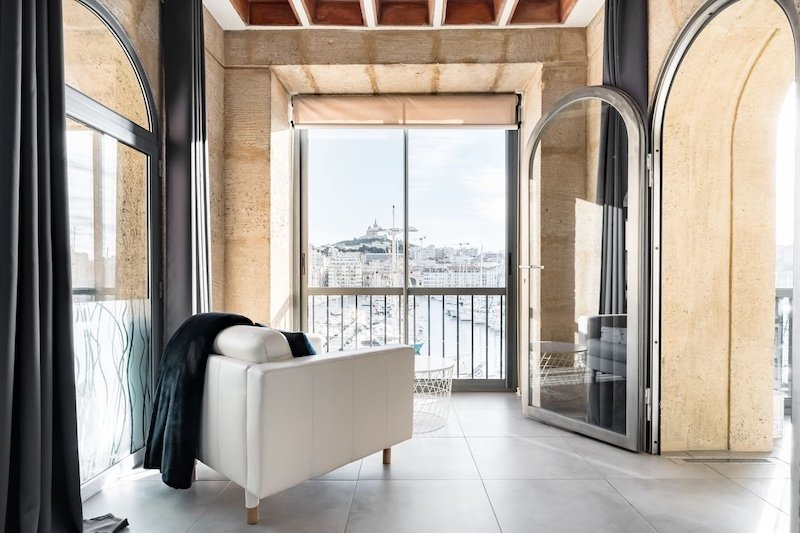 Airbnb in the Old Port of Marseille