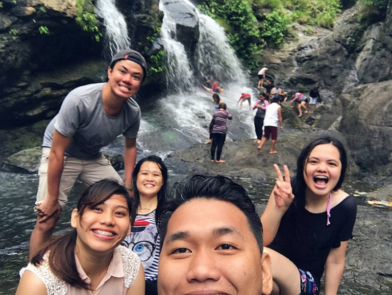 travelling with filipinos