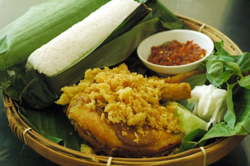 what to eat in bandung