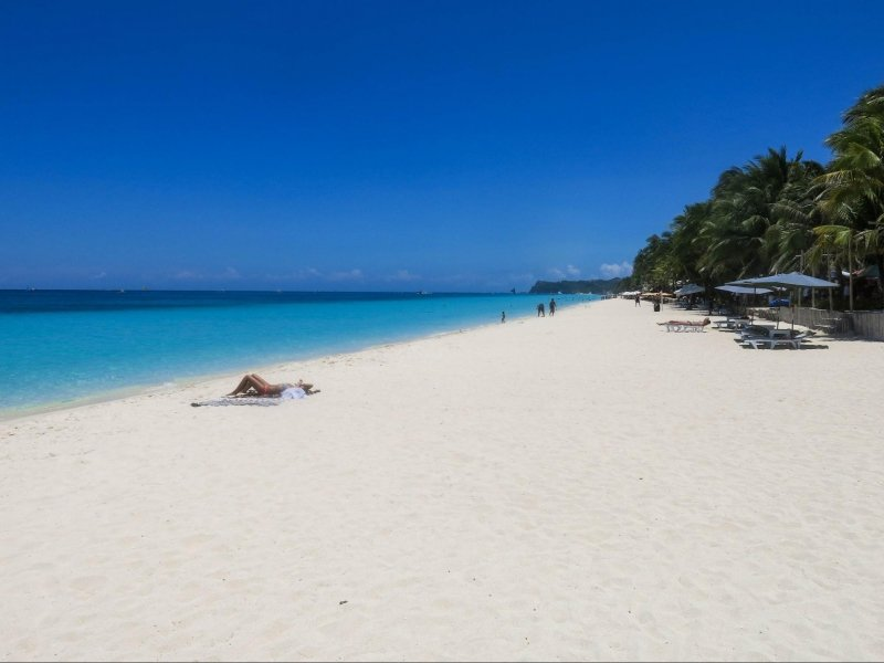 things to do in boracay: relax on white beach
