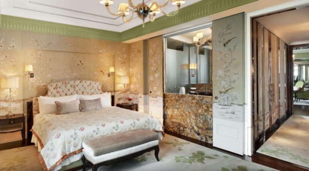 Hot Escapes, Your Holiday Staycation in The St. Regis Singapore