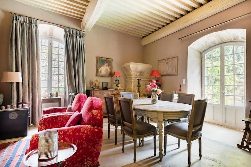 Airbnb in the grounds of a French castle in Saint-Victor-la-Coste