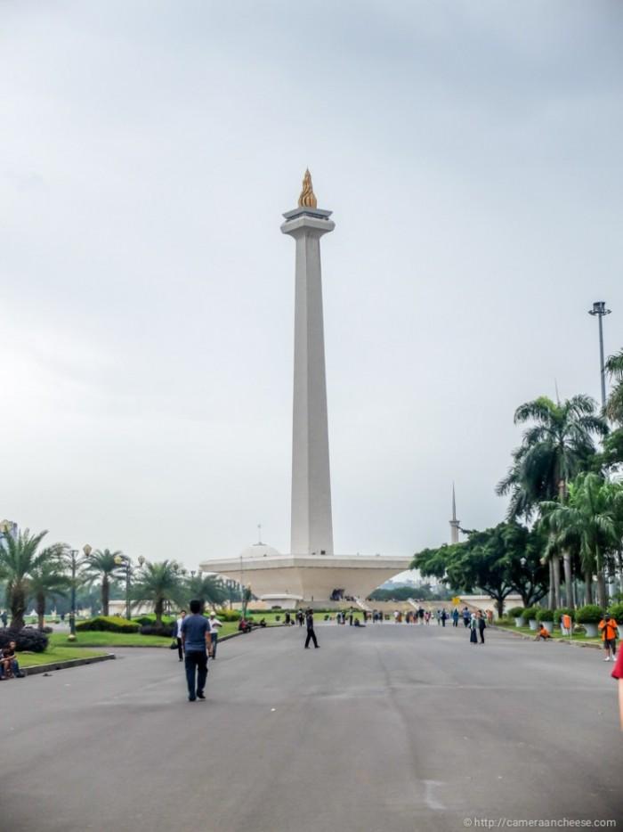 monas - địa điểm tham quan ở Indonesia