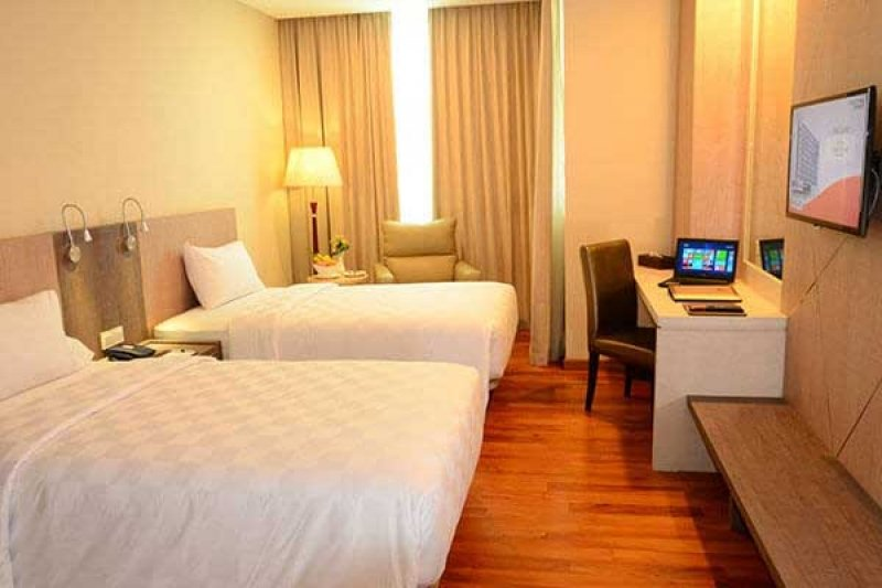 hotels resorts batam
