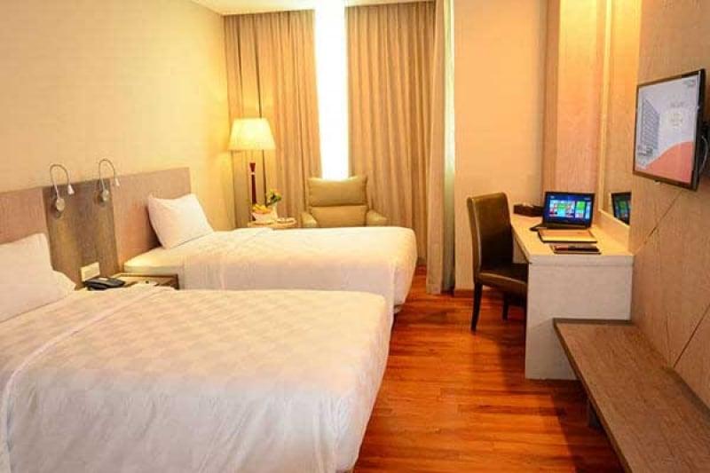 hotels resorts batam