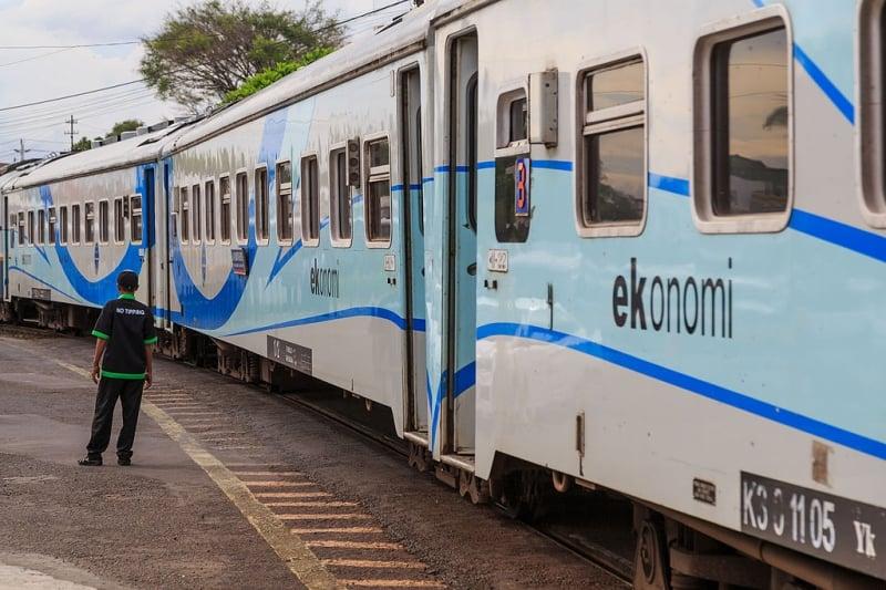 Jakarta to Yogyakarta by Train