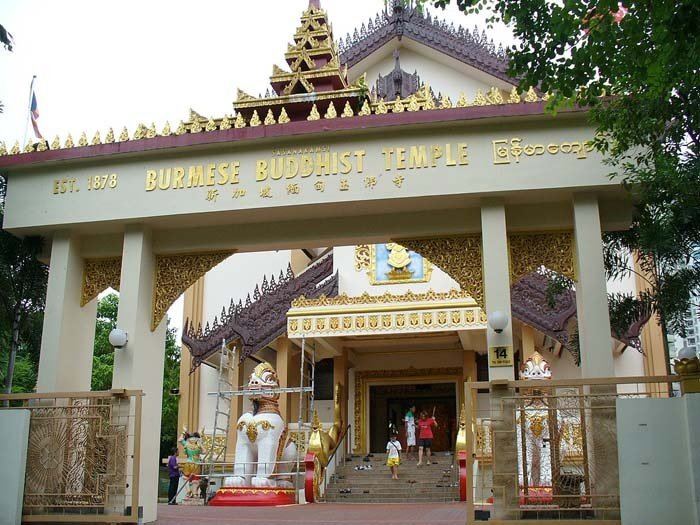 Burmese Buddhist Temple - Enjoy A 3D2N Year-End Holiday Under S$400 in Singapore!