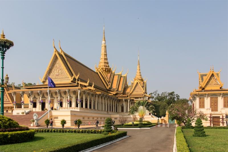 Campuchia: Tưởng Tượng Vs Thực Tế cung điện hoàng gia