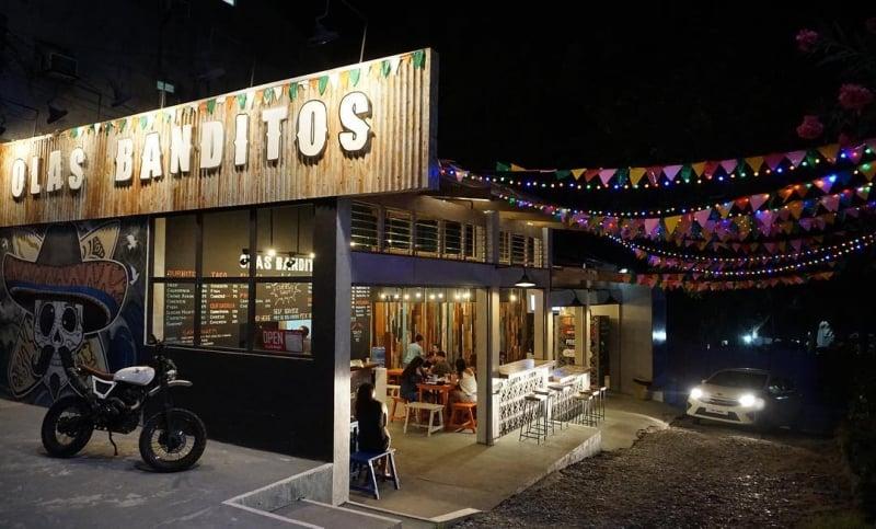 where to eat in la union: olas banditos