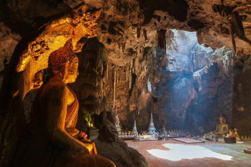 Tham Khao Luang Cave