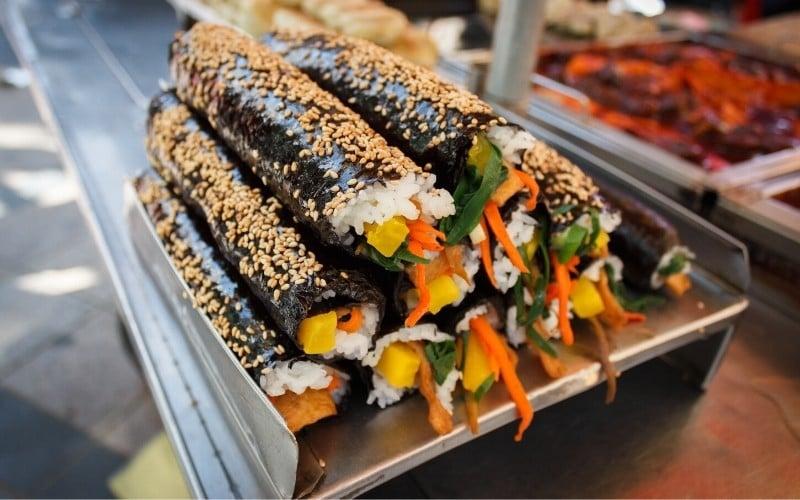 Seoul Street Food: Kimbap