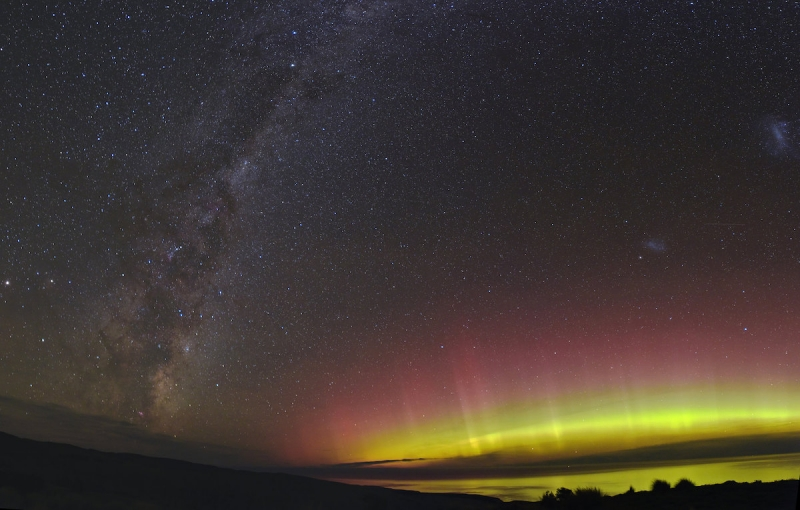 little river new zealand the southern lights milky way