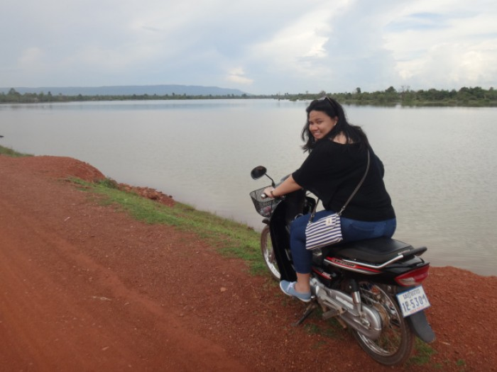motorbike tour at cambodia