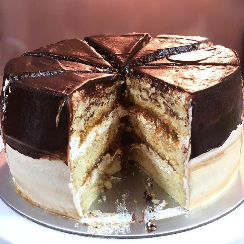 Julie Bakes halal cake shop Singapore