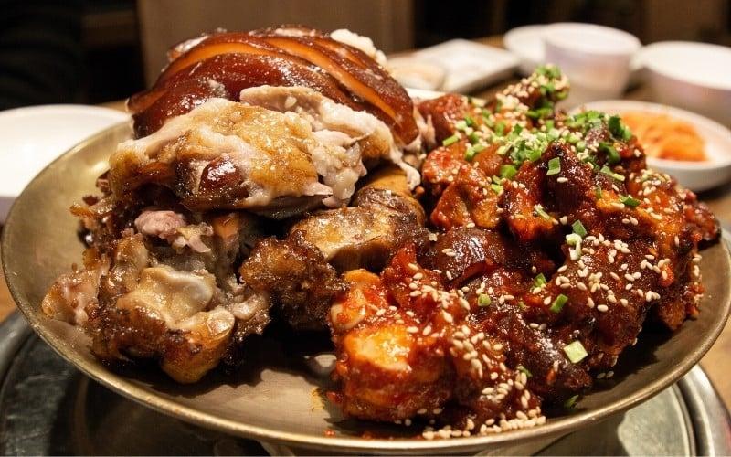 Seoul Street Food: Jokbal