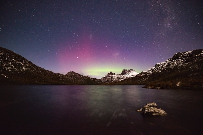 southern lights over tasmania