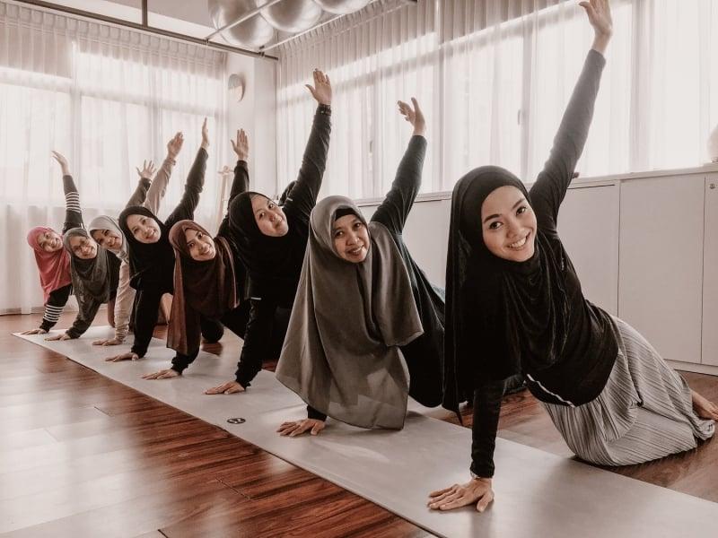 Hijab-Friendly Fitness Classes