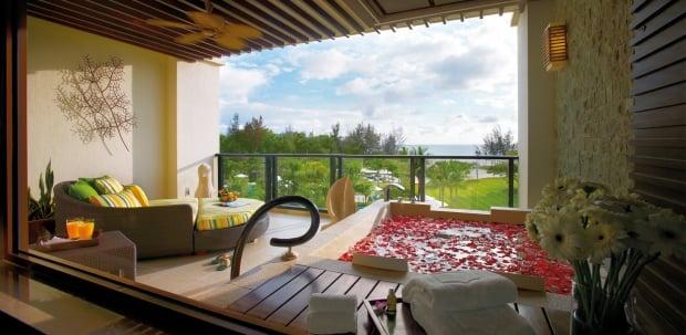 20% off Ocean Wing Room Best Available Rate at Shangri-La's Rasa Ria Resort & Spa, Kota Kinabalu with Standard Chartered