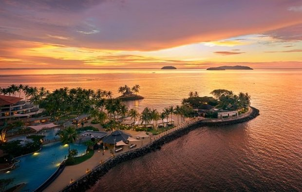 15% off Rooms, Dining & Spa at Shangri-La's Tanjung Aru Resort & Spa, Kota Kinabalu with Standard Chartered
