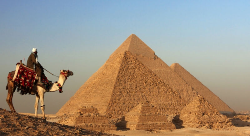 time travel back to the great pyramid of giza