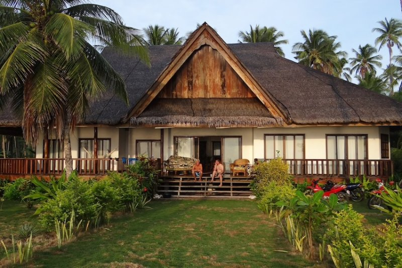 10 Tropical Airbnb Retreats Around Asia