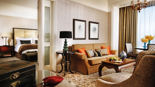 Stay longer with your 4th Night for FREE in Four Seasons Hotel Singapore