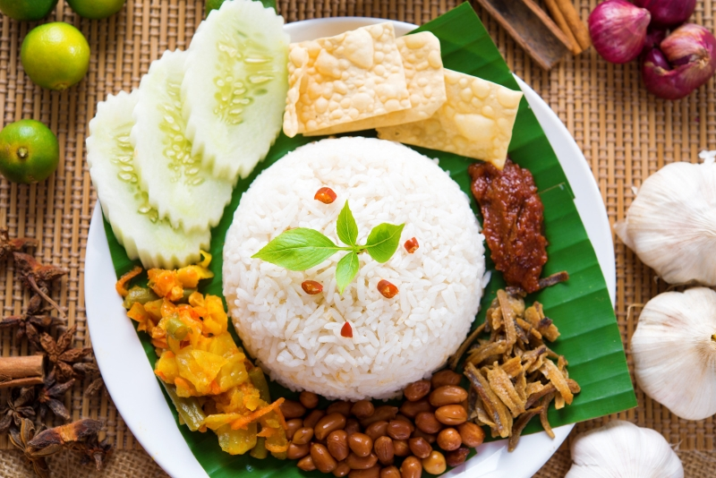 breakfast around the world: nasi lemak