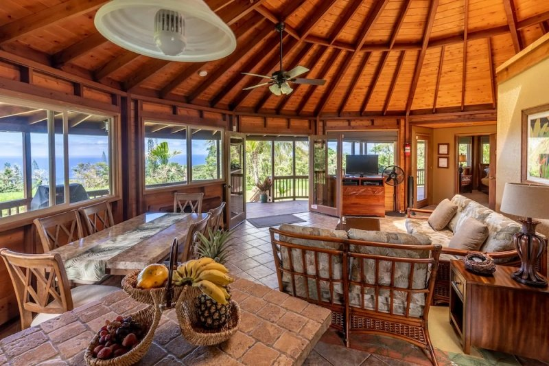 Dreamy Airbnbs in Maui That Are Worth the Splurge