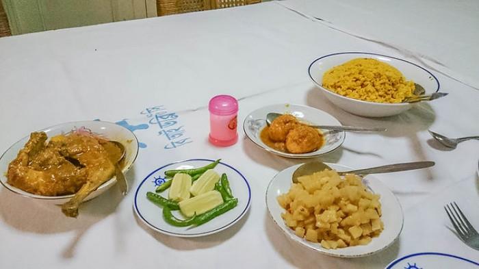 the rocket cruise ship food