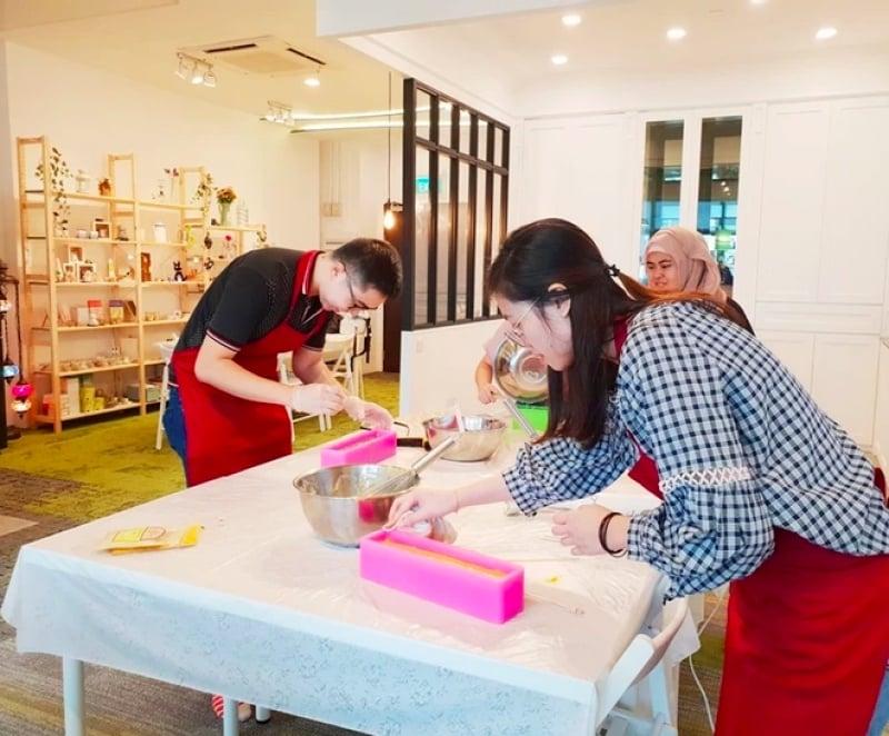 soap making craft workshop singapore