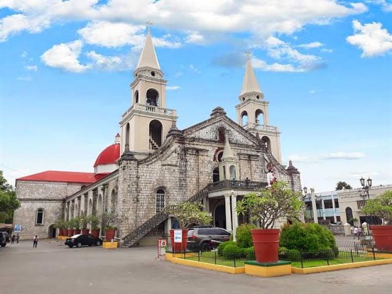 facade of jaro cathedral | iloilo itinerary