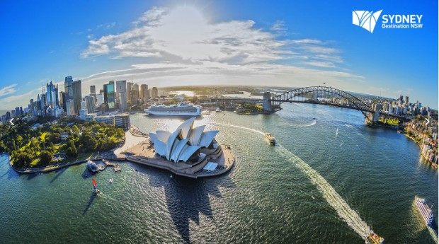 Discover Sydney and Surrounds with Singapore Airlines from SGD618