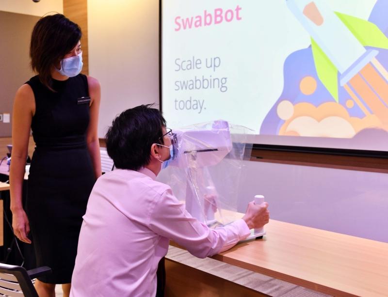 covid-19 swab test robot